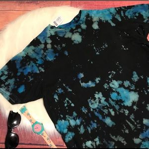 Urban Outfitters Tie Dye T-Shirt Size Large NWT